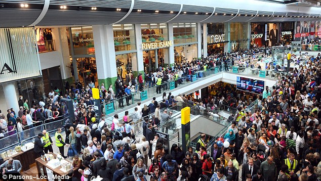 busy-mall